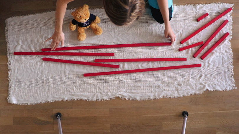 barres-rouges-montessori